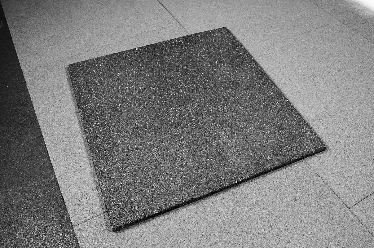 резиновое покрытие на бетон купить